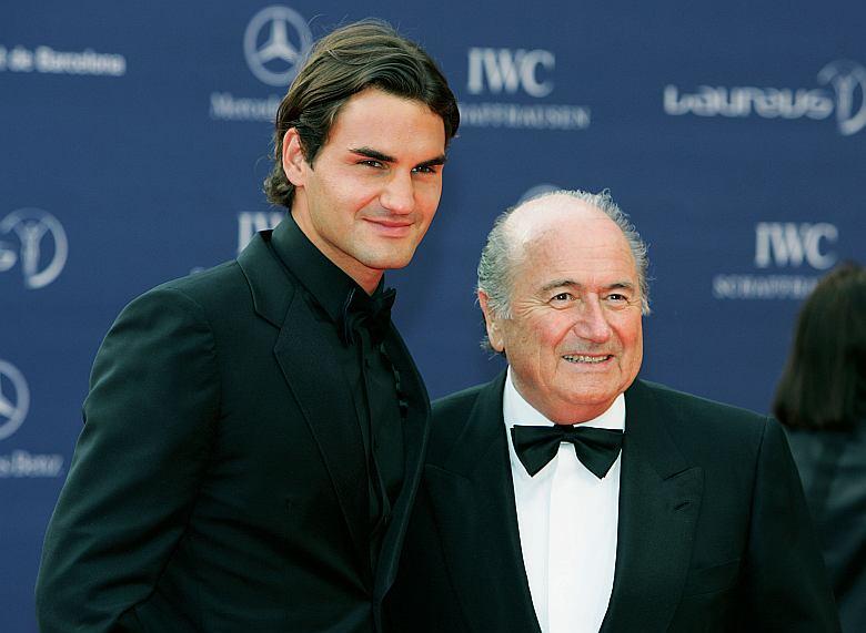 Federer junto al presidente de la FIFA