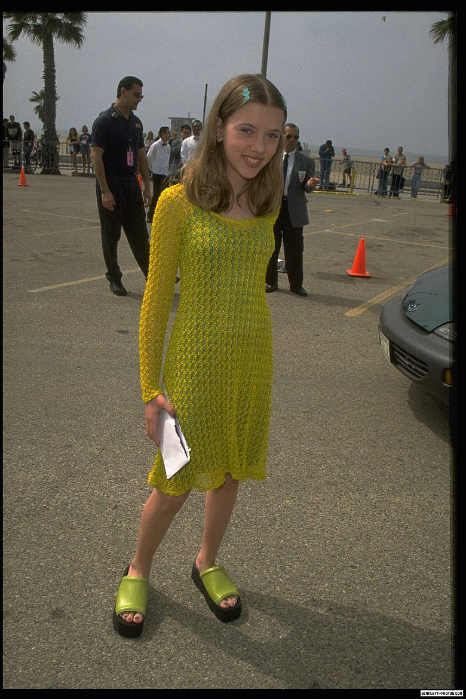 Scarlett Johansson (12 años)