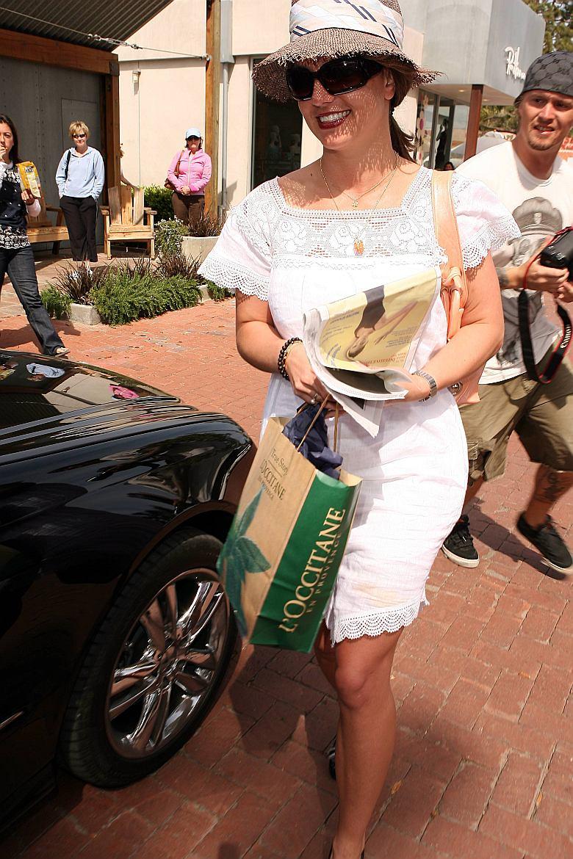 Britney Spears de compras en L'Occitane (Malibu)